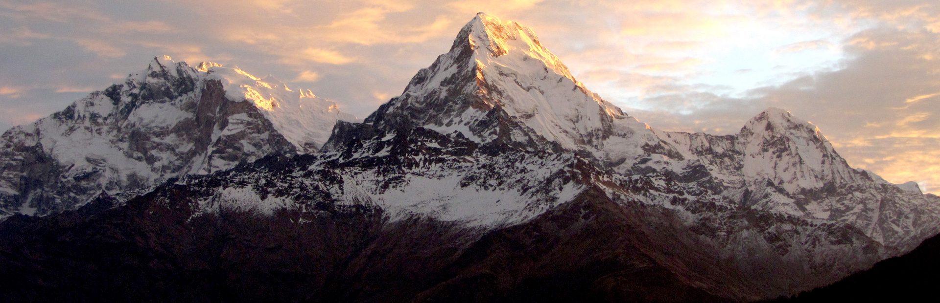 Trekking bei Nepal Reisen mit erlebe